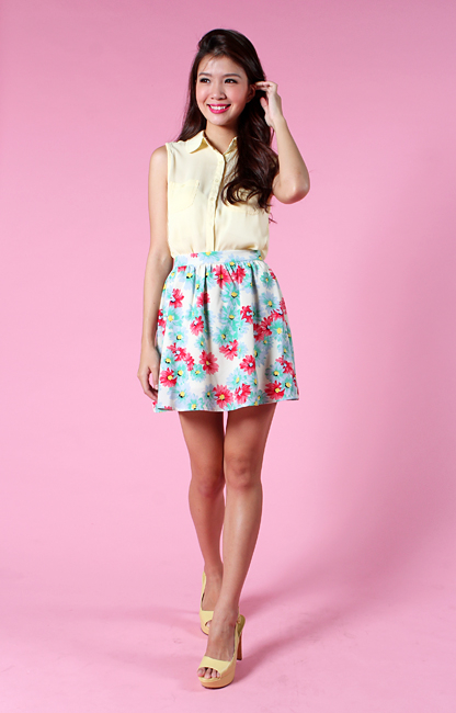 Daisy Romance Skirt in Cream Florals