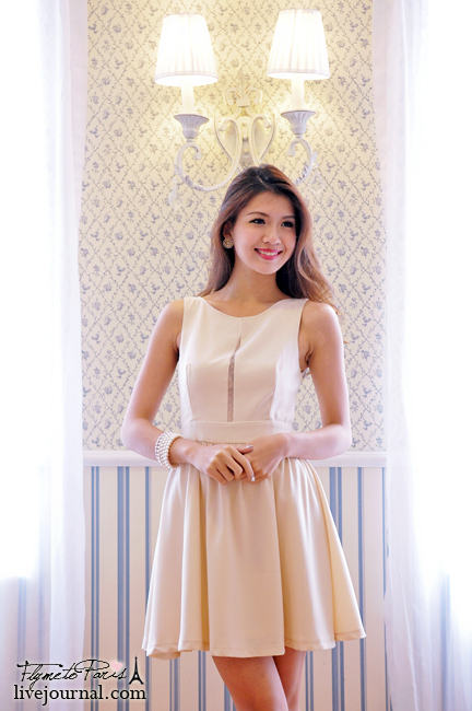 Parisian Beauty Dress in Nude Cream