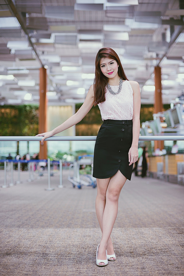 Chrissy Buttons Skirt in Black