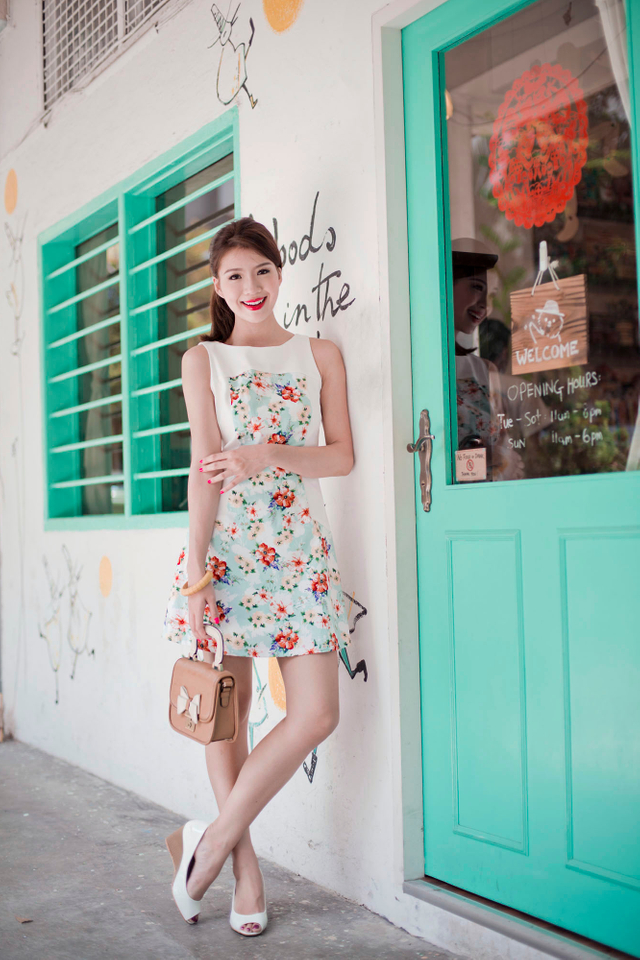 Dahlia Floral Dress in Mint