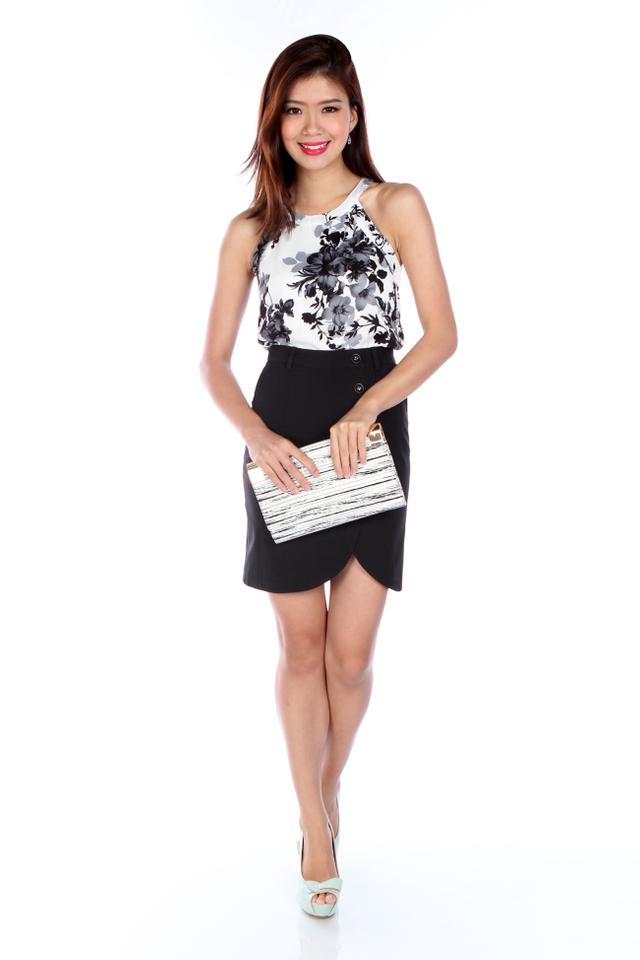 Dorothy Top in Monochrome Florals