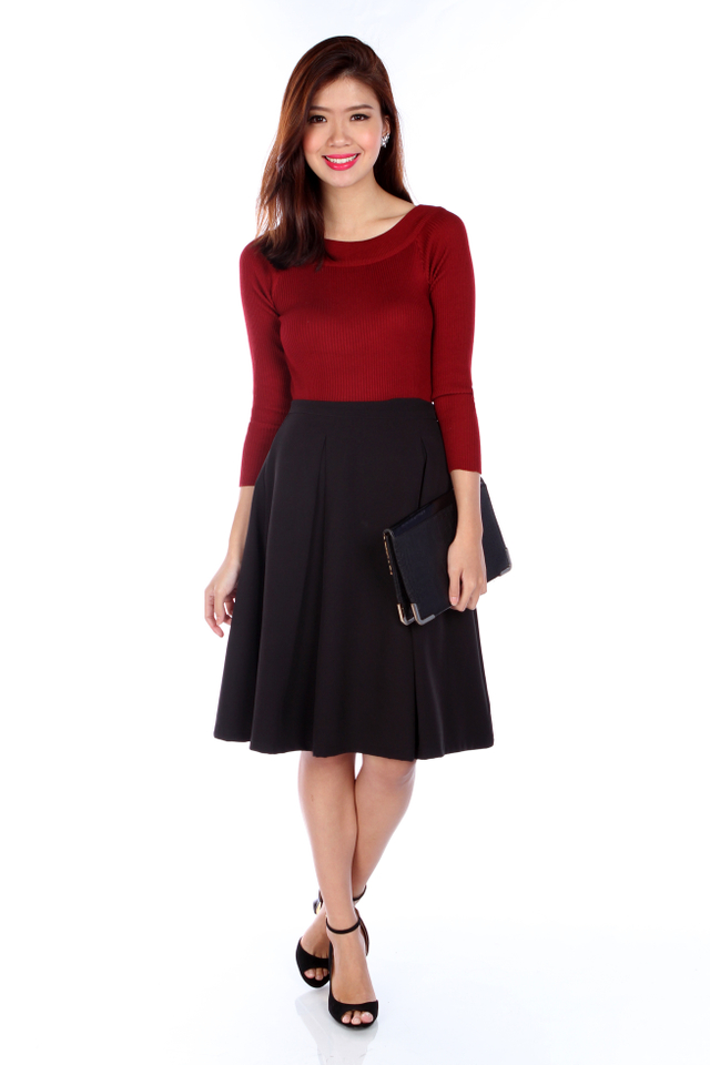 Heather Basic Knit Top in Wine Red