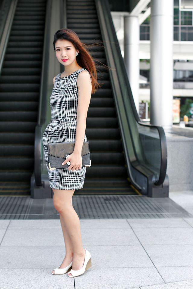 Corporate Beauty Midi Dress in Mono Checks