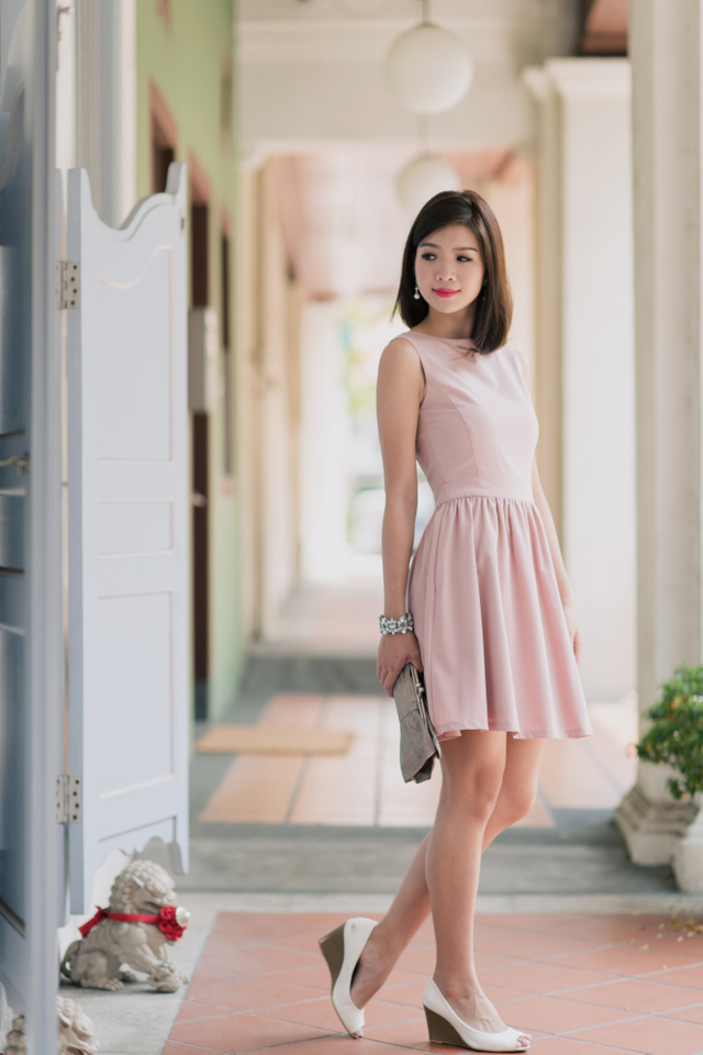 Helina Dress in Dusty Pink