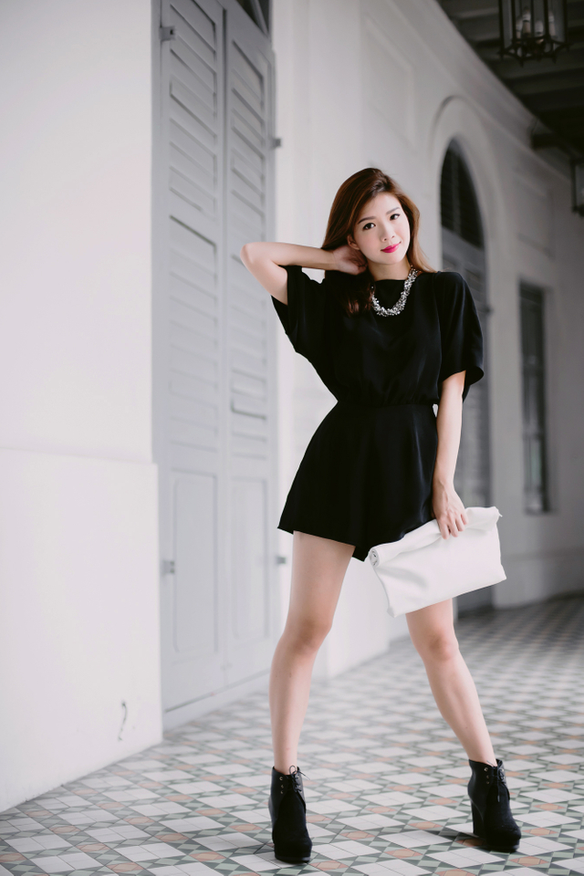 (FMTP x TIPPYTAPP) Batwing Sleeved Playsuit in Black