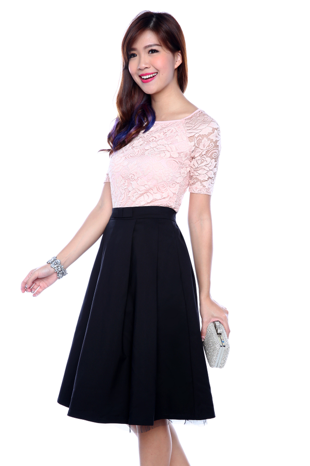 Pretty Please Lace Top in French Pink