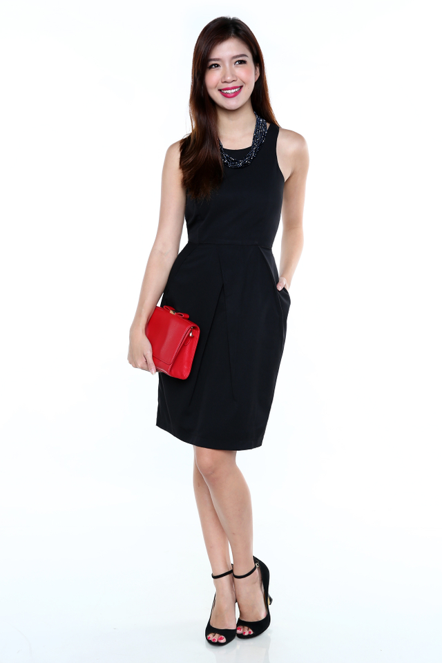 Eveline Tulip Midi Dress in Black