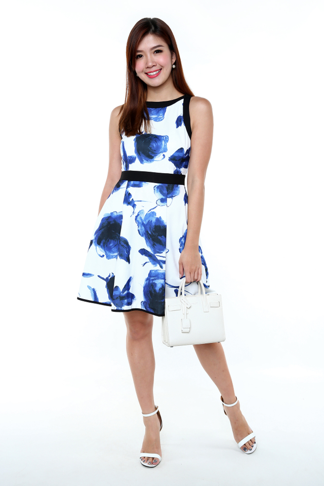 Marilyn Contrast Trimming Dress in Blue Watercolour Florals