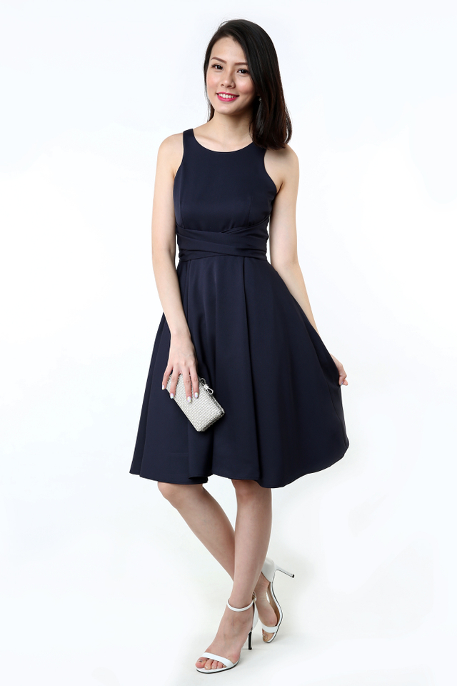 Ellie Pocket Sash Tie Midi Dress in Navy