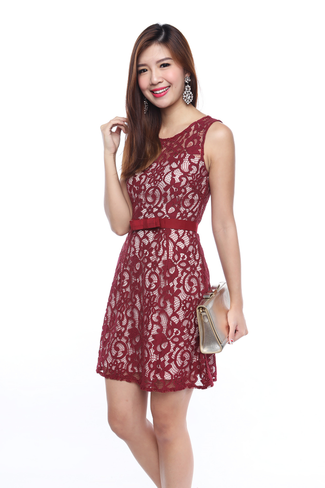 Lace Baroque Bow Belt Dress in Wine Red
