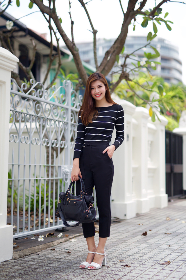 Clare Stripes Top in Black
