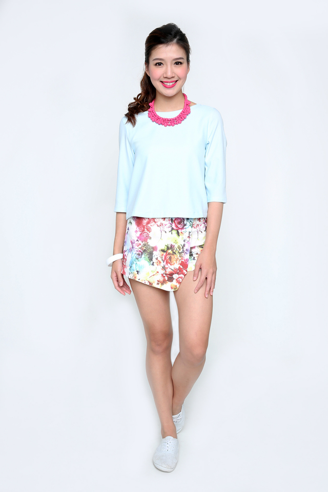 The Bahamas Sleeved Top in Baby Blue