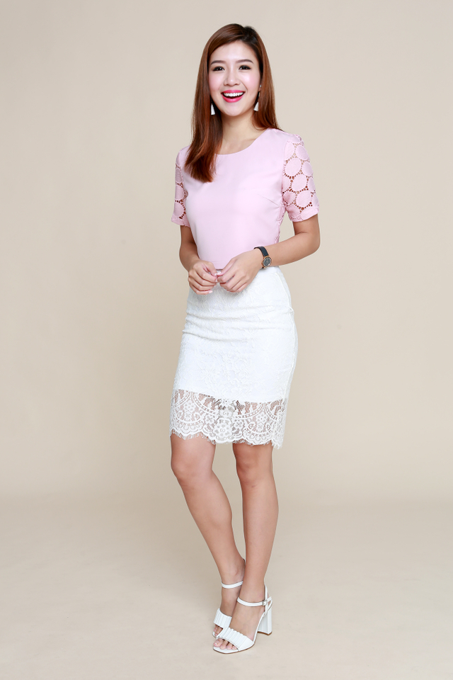 Bridgette Crochet Cropped Top in Pink