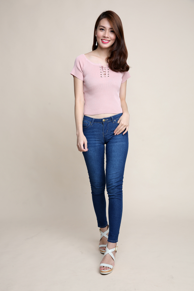 Tie-string Basic Knit Top in Pink