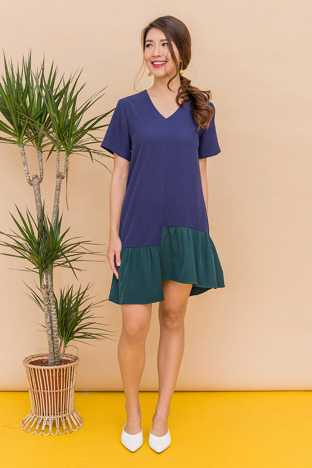 It's Weekend Colour Block Dress in Navy Forest
