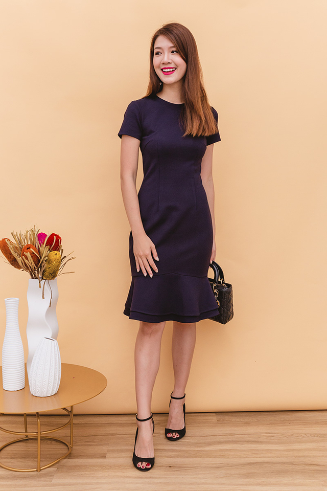 Beatrice Mermaid Midi Dress in Navy