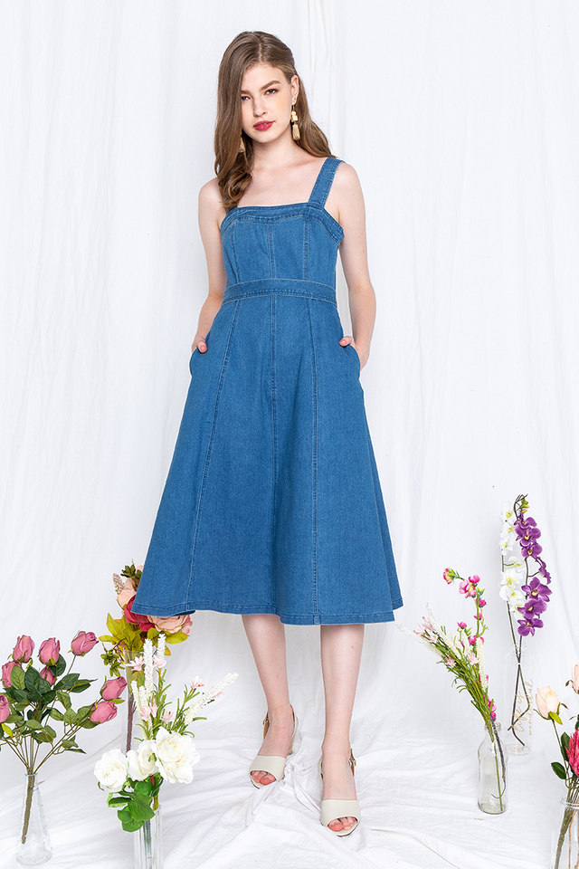 Denim Fantasy Dress in Light Wash
