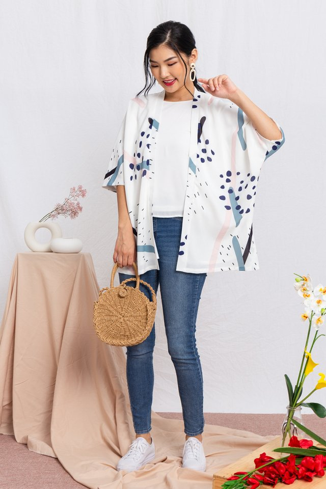 Yumi Wide Sleeved Kimono Jacket in White Kaleidoscope
