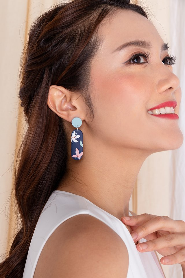 Harmony Squoval Earrings in Navy