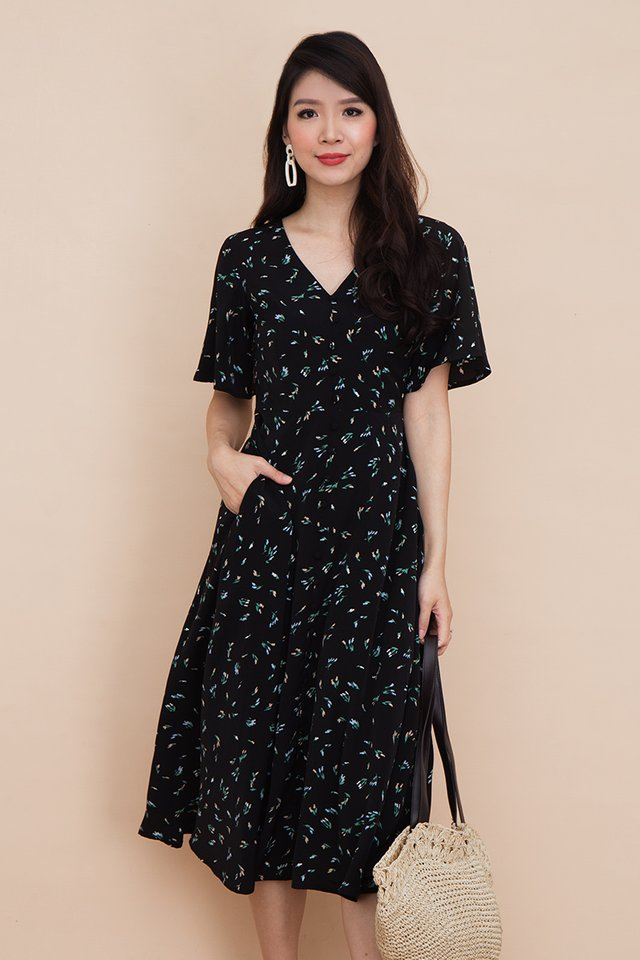 Palette Buttons Dress in Black Poppies