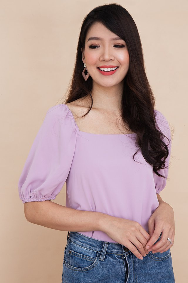 Thea Puff Sleeve Top in Lilac