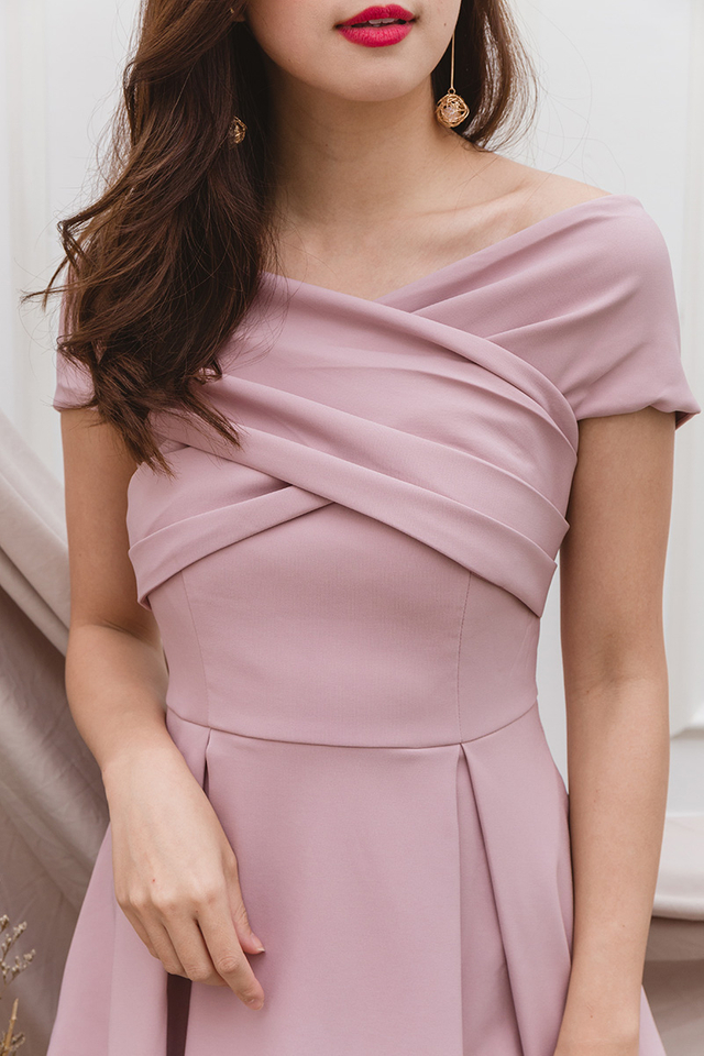 Azalea Cross Shoulders Dress in Dust Pink