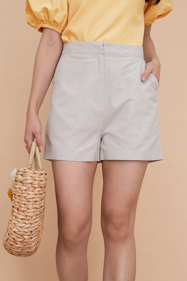 Clarity Linen Shorts in Sand