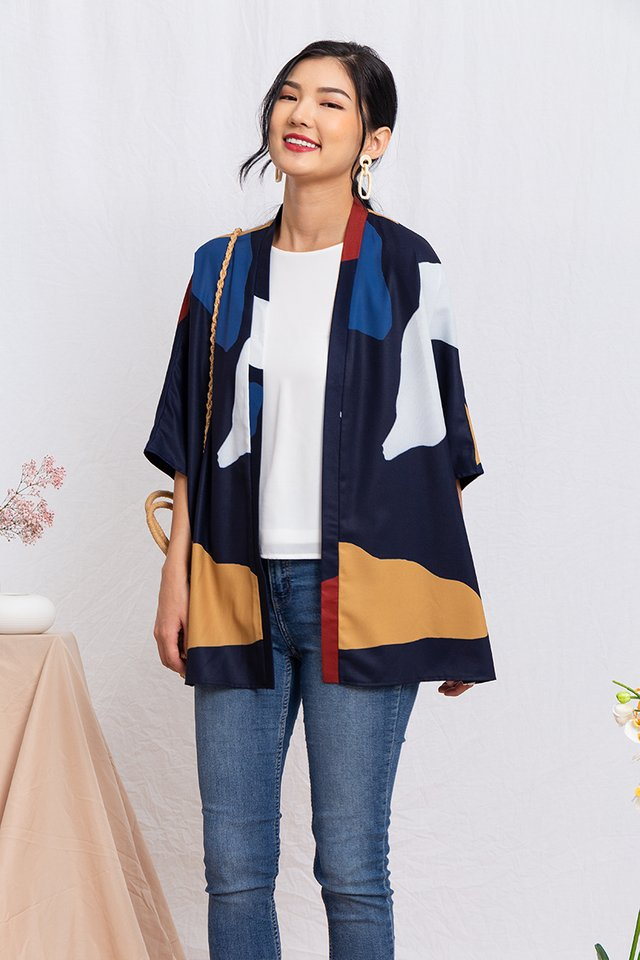 Sora Wide Sleeved Kimono Jacket in Navy Palette