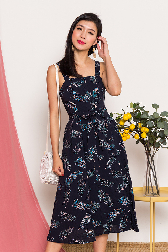 Sunny Sunshine Pocket Midi Dress in Navy Tropics