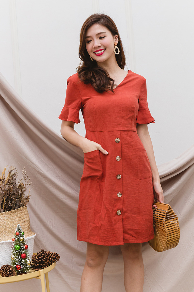 Val Ruffled Sleeves Dress in Scarlet Red